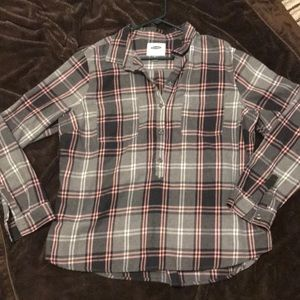 Gray and pink flannel shirt
